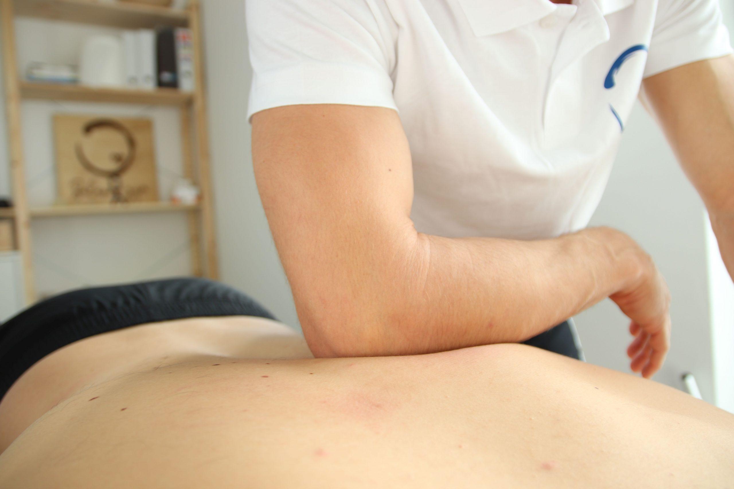 Myofasciálna terapia